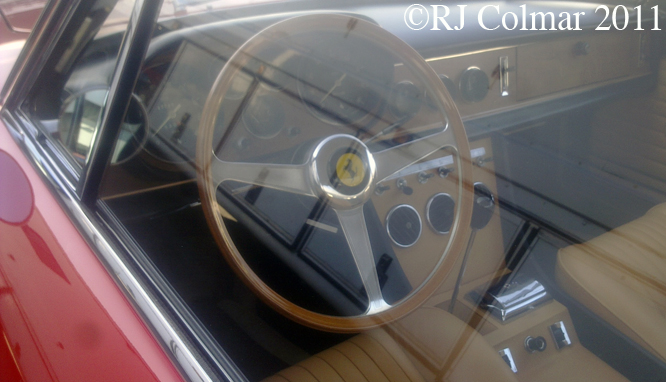 Ferrari 330 GTC, Silverstone