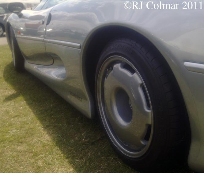 Jaguar XJ220, Castle Combe, C&SCAD