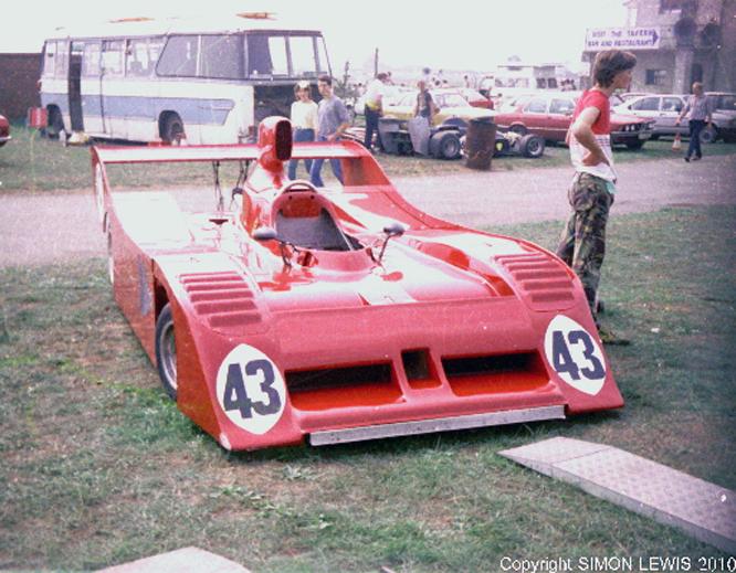 Lola T530, Castle Combe