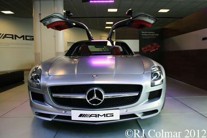 Mercedes-Benz SLS AMG, Mercedes Benz World