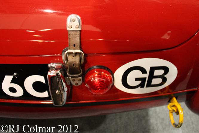 MG B, Race Retro