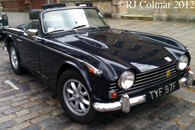 Triumph TR5PI, Avenue Drivers Club, Queens Sq, Bristol