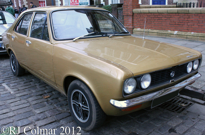 Hillman Avenger, Avenue Drivers Club, Queen Square, Bristol