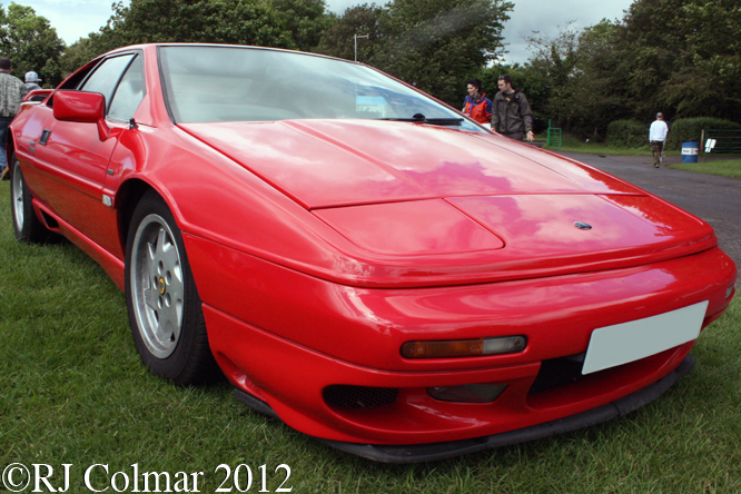 Lotus Esprit Turbo, Classic and Sports Car Action Day, Castle Combe