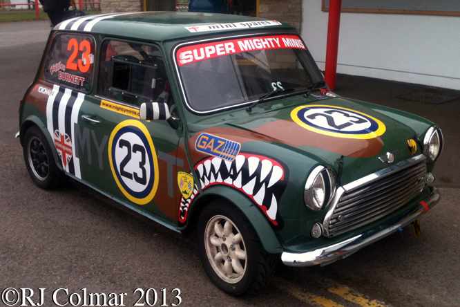 Super Mighty Mini, Howards Day, Castle Combe