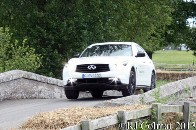 Kingston/Cropley, Infiniti FX Vettel, Cholomondeley Pageant Of Power