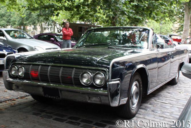 Lincoln Continental, Avenue Drivers Club, Queen Sq, Bristol