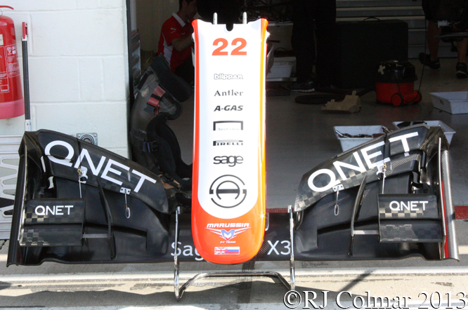 Marussia Cosworth MR02, Young Driver Test, Silverstone