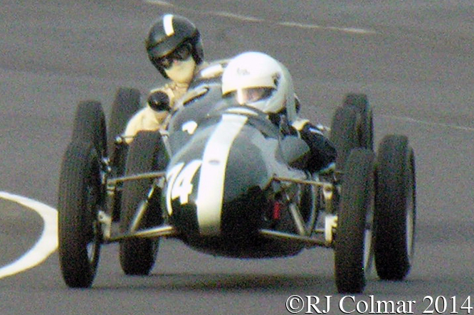 Cooper Mk X, Steve Jones, Cooper Mk XI, George Shackleton, BAC MSC Challenge Trophy, Autumn Classic, Castle Combe,