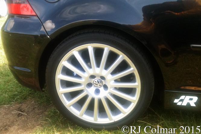 Volkswagen Golf Mk IV, UK MKIVs Megameet