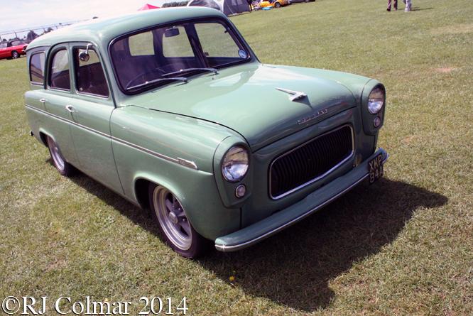 Ford Prefect Farnham, Classic & Retro Action Day, Castle Combe