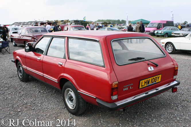 Ford Cortina Mk V 1.6L Estate, Summer Classics, Easter Compton,