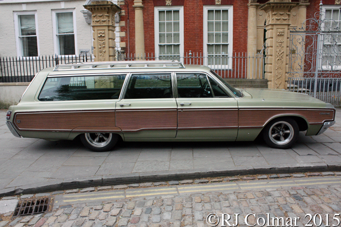 Chrysler Town & Country, Avenue Drivers Club, Queen Square, Bristol,