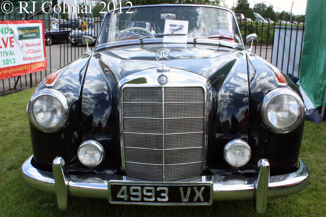Mercedes 220SE Cabriolet, Brooklands Double Twelve,