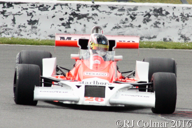 Michael Lyons, McLaren M26, HSCC International Trophy, Silverstone