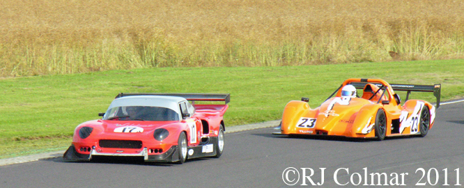 Ian Hall, Darrian T98 GTR, Simon Tilling, #23 Radical SR3 RS, Castle Combe, BECRW