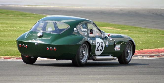 Morgan & Triumph SLR III,