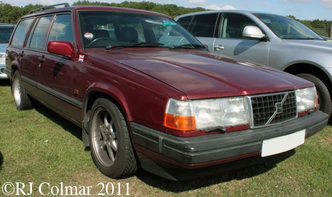 Volvo 945 SE Turbo, Siverstone Classic