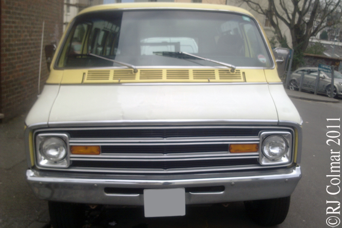 Plymouth Voyager Sport