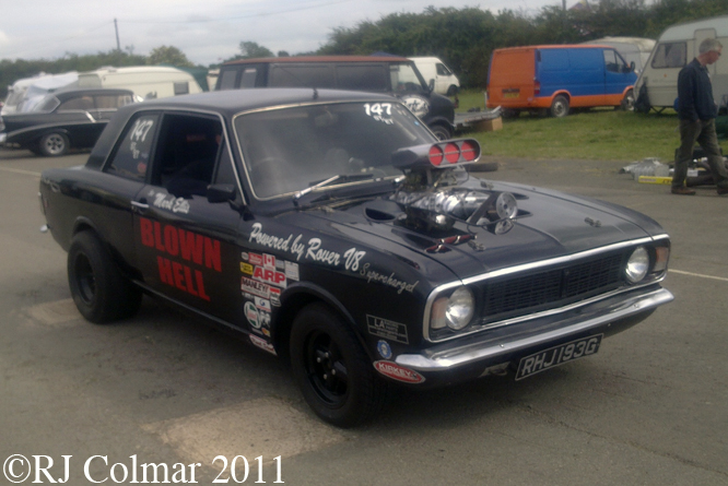 Blown Hell, Ford Cortina 1600 GT, Shakespeare County Raceway