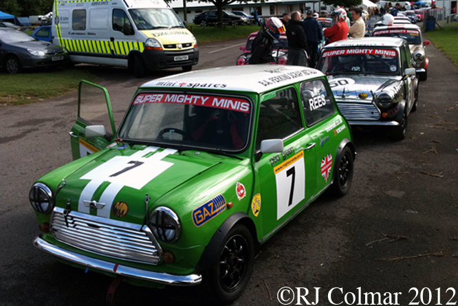 Super Mighty Mini's, Jubilee Race Day, Castle Combe