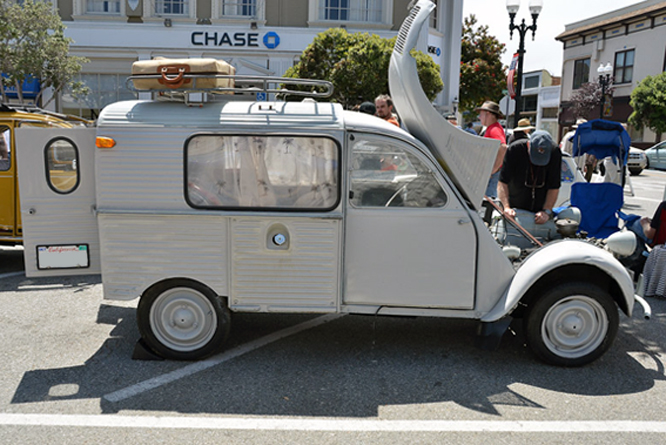 Citroen 2CV, Fourgonette, Carmel by the Sea Concours d'Elegance