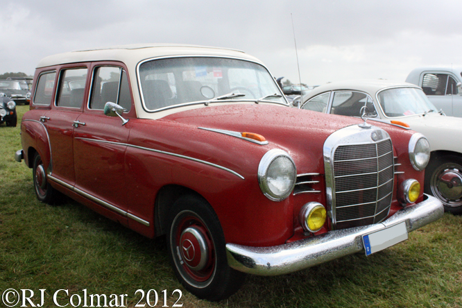 Mercedes 190 Estate, Goodwood Revival