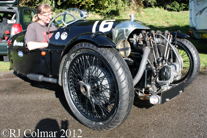 Morgan Super Aero, Autumn Classic Castle Combe