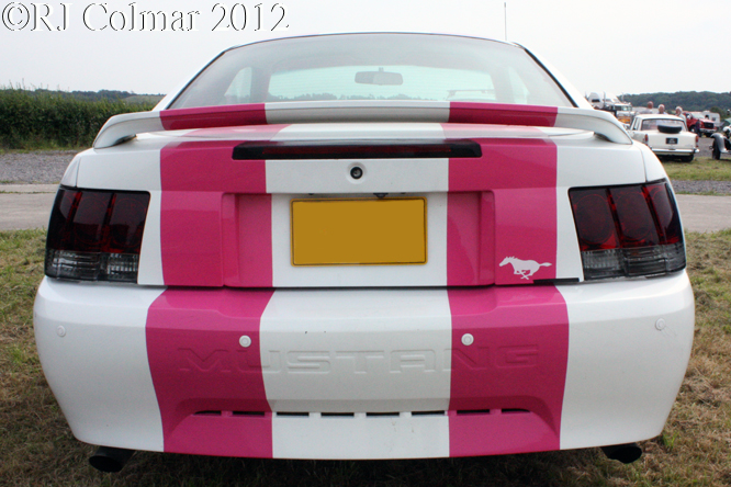 Ford Mustang, Summer Classics, Easter Compton