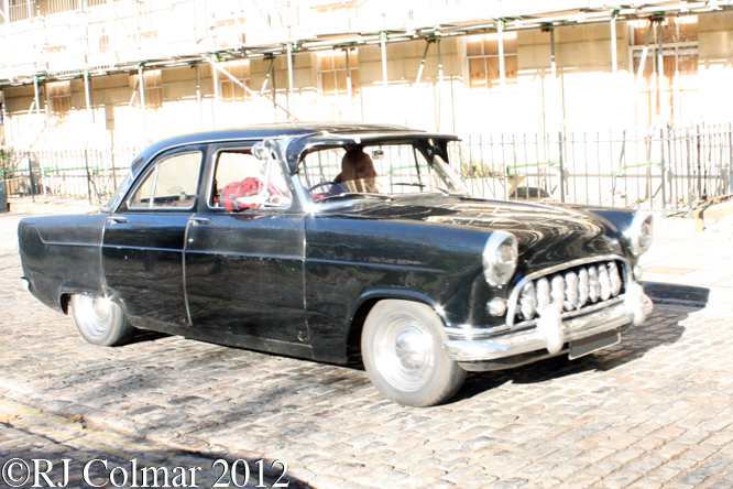 Ford Consul Mk II, Avenue Drivers Club, Queen Sq, Bristol