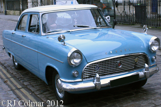 Ford Consul 375, Avenue Drivers Club, Queen Square, Bristol
