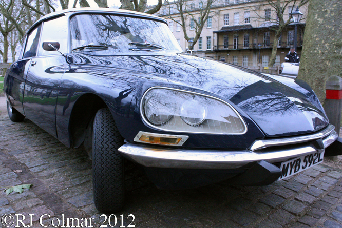 Citroën DS19, Avenue Drivers Club, Queen Square, Bristol