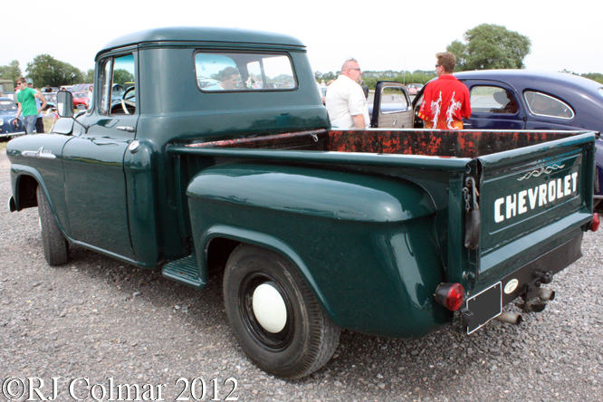 Chevrolet Apache 31, Summer Classics, Easter Compton