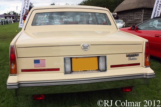 Cadillac Sedan de Ville, Classics at the Castle, Sherborne Castle