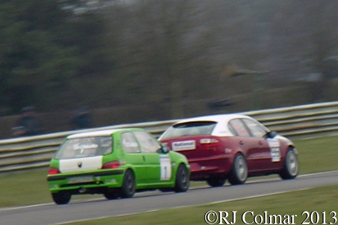 National Windscreens, Castle Combe Saloon Car Championship, Howards Day, Castle Combe