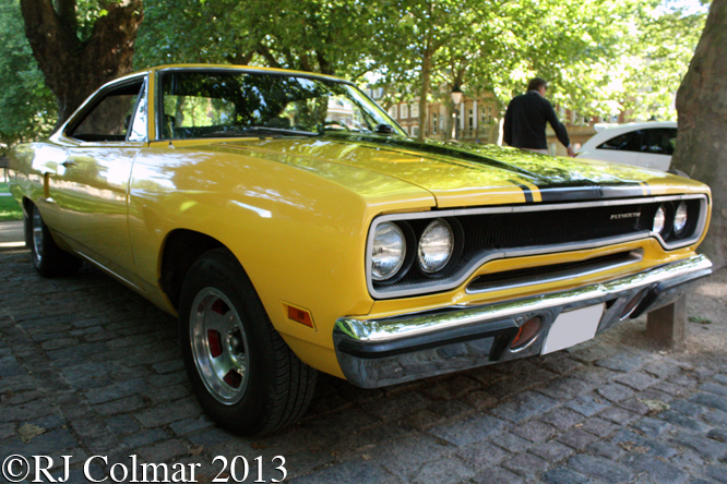 Plymouth, Road Runner, Avenue Drivers Club, Queen Square, Bristol