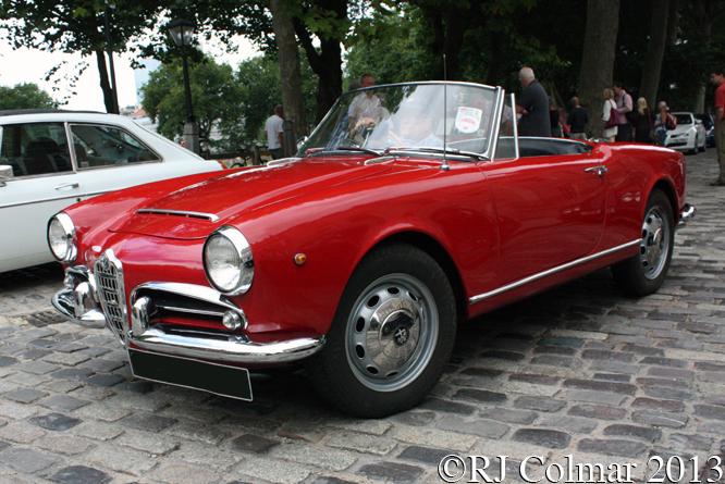 Alfa Romeo, Giulia, Spider, Avenue Drivers Club, Queen Square, Bristol