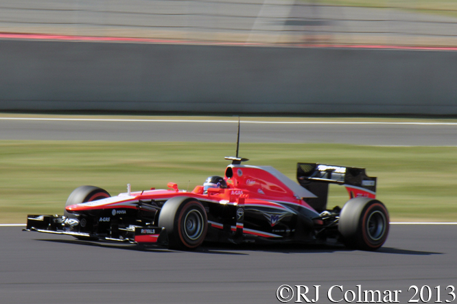 Marussia Cosworth MR02, González, Young Driver Test, Silverstone