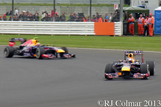 Red Bull RB9, Vettel, Webber, British Grand Prix P2, Silverstone