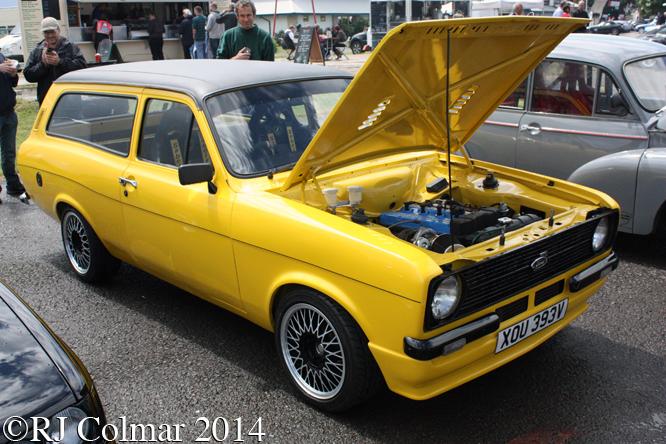 Ford Escort Cosworth Estate, Classic & Retro Action Day, Castle Combe