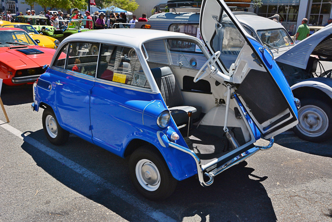BMW Isetta 600, The Little Car Show, City Of Marina