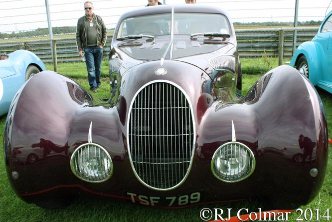 Bristol 406 Teardrop Special, Autumn Classic, Castle Combe