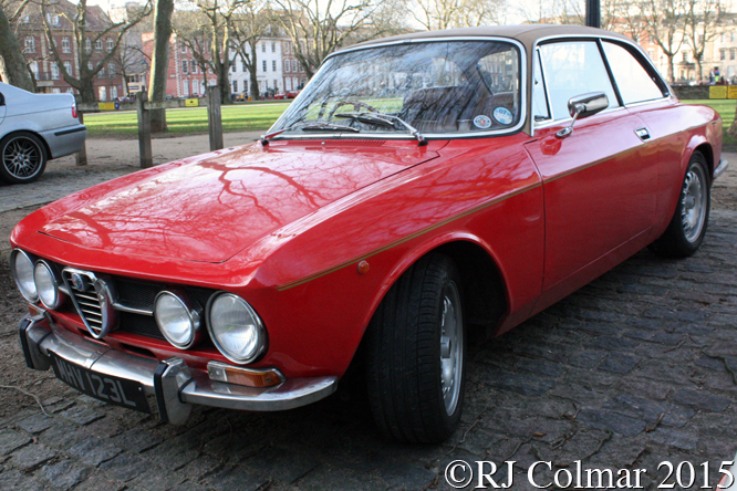 ALFA Romeo 1750 GT Veloce, Avenue Drivers Club, Queen Square, Bristol,