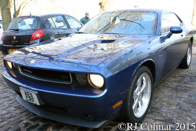 Dodge Challenger R/T, Avenue Drivers Club, Queen Square, Bristol,