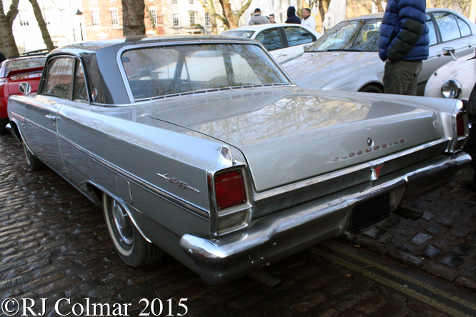 Oldsmobile F85 Coupé, Avenue Drivers Club, Queen Square Bristol