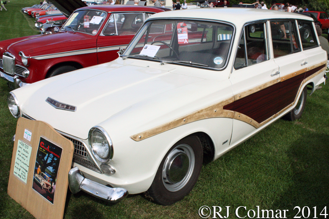 Ford Cortina Estate, Sherborne Castle