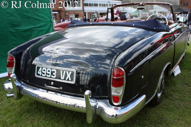Mercedes 220SE Cabriolet, Brooklands Double Twelve,